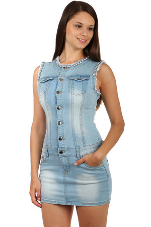 Women's denim dress with rhinestones. Front and rear pockets. Button fastening. May be worn with a belt. Material: 71%