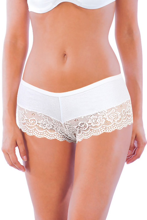 Cotton women's panties with lace