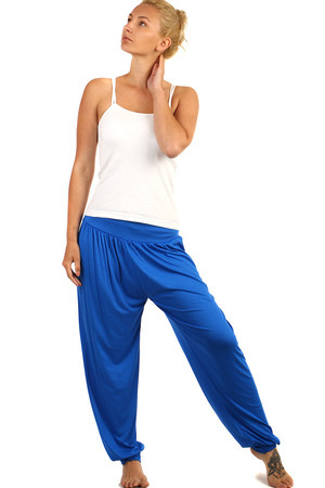 Solid color ladies harem pants, lightweight material. Suitable for summer. Material: 95% viscose, 5% elastane. Import: Italy