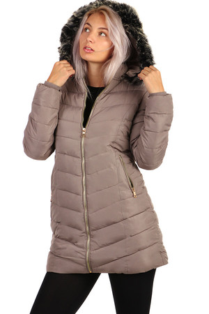 Winter ladies quilted jacket longer cut. Suitable for city / leisure. Zip fastening. The model on the photo is 173 cm