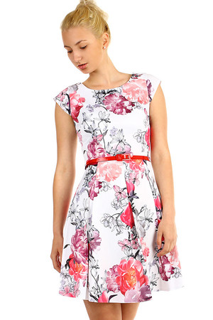 Women's short flowered dress of a cut, with red belt. Zip fastening. Up to size 46 - suitable for full body. Material: