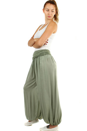 Comfortable women's single-colored harem pants. Suitable for summer. Material: 100% viscose Import: Italy