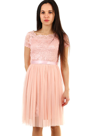 Women's lace dress with tulle skirt monochromatic length to the knees lace with flowers motif to the waist on the front