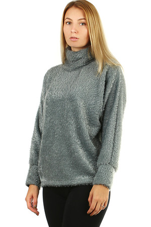 Hairy turtleneck for women of all ages in one color. medium length bats sleeves cuffs 11 cm wide pleasant to the touch Use:
