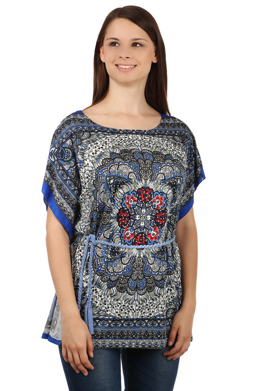 Ladies blouse with oriental pattern